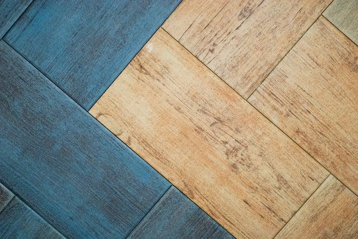 Suelos de imitaci n de madera que ofrecen grandes prestaciones - Ceramicos imitacion madera ...