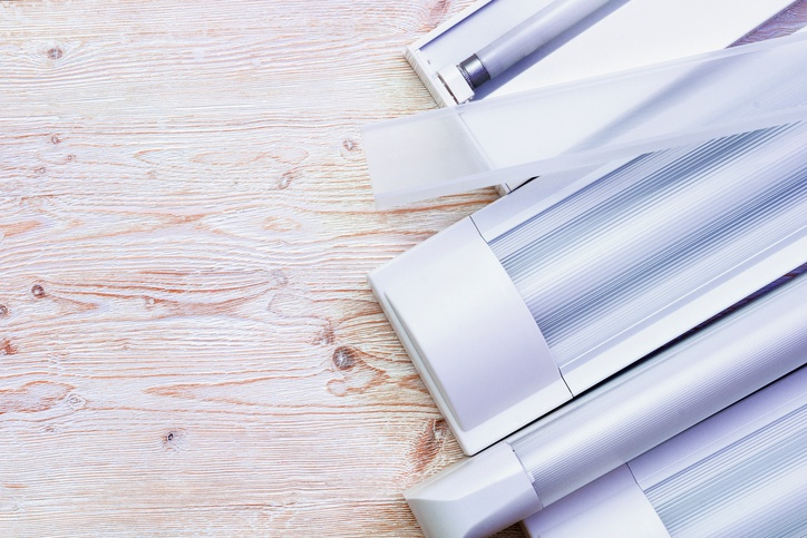 sustituir tubos fluorescentes por led, cambiar tubo fluorescente, cambiar tubo fluorescente por led