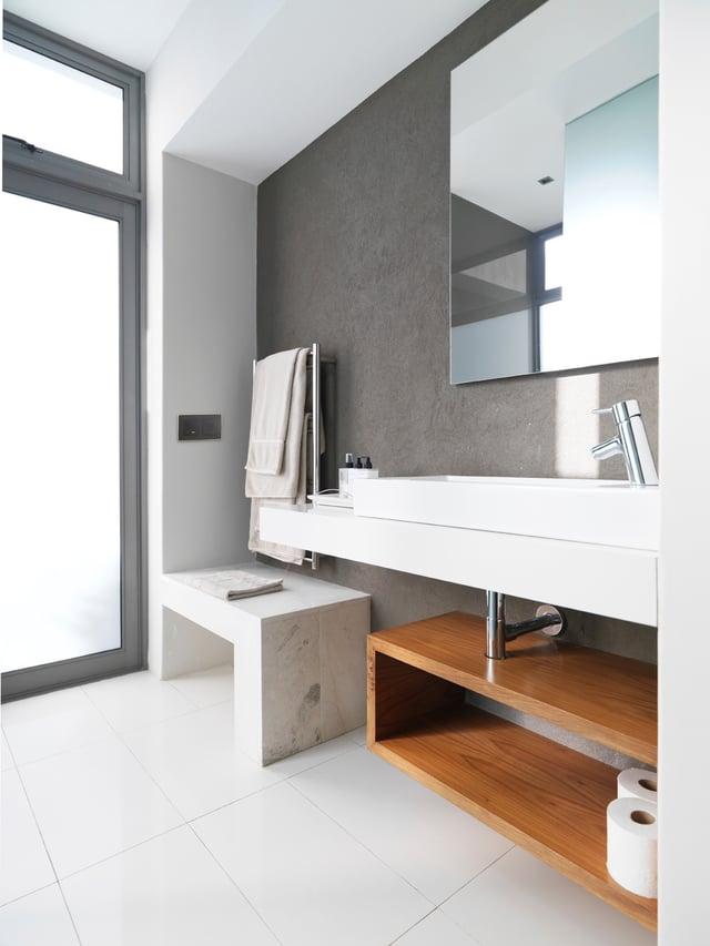 baño con elementos multimedia.jpg