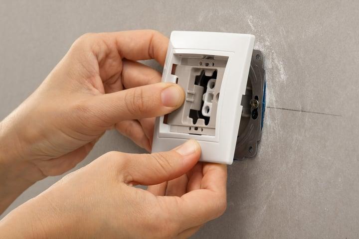 como instalar un interruptor de luz