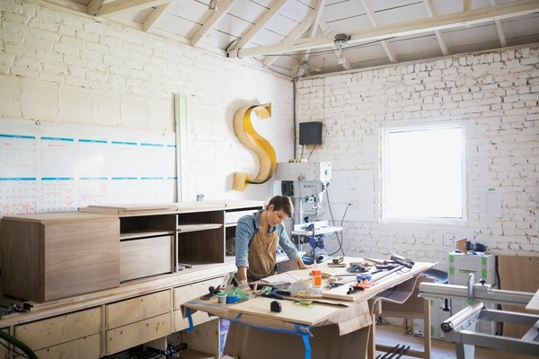Disposición de espacio de trabajo en un taller